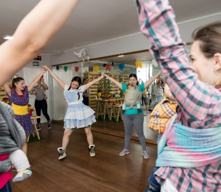 Sling Dance